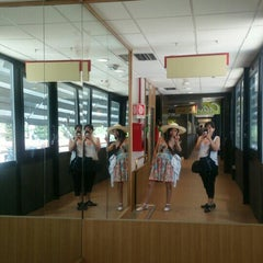 Photo taken at Autogrill by Penélope U. on 8/4/2015