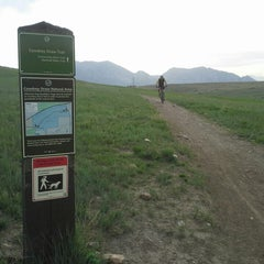 Photo taken at Cowdry Draw Trailhead by BoulderRunner on 5/25/2013