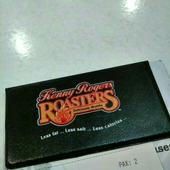 Photo taken at Kenny Rogers Roasters (KRR) by Zafira S. on 11/12/2015