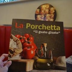 Photo taken at La Porchetta by Benjamin O. on 6/14/2015