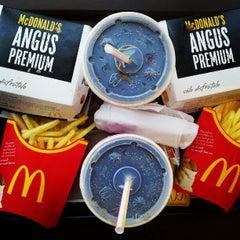 Photo taken at McDonald's by Carlitos P. on 1/22/2013