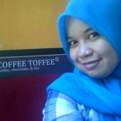 Photo taken at Coffee Toffee by amma n. on 5/25/2013