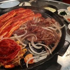 Photo taken at Honey Pig Gooldaegee Korean Grill by Jose S. on 2/12/2013