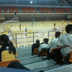 Photo taken at UST Quadricentennial Pavilion by Ylyzza T. on 8/12/2015