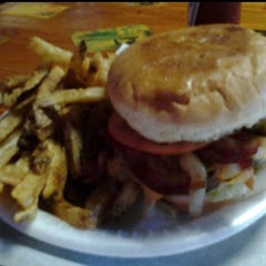 Photo taken at Texas Hamburger Palace by Raven C. on 8/22/2015