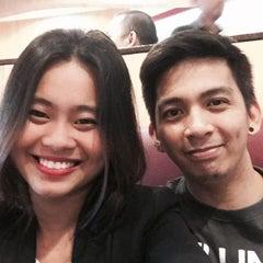 Photo taken at Pizza Hut by Karen Mae S. on 9/10/2015