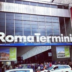 Photo taken at Stazione Roma Termini by ✈✈ Mhmtali. ✈✈ on 7/26/2013