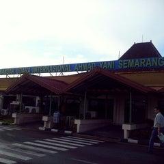 Photo taken at Ahmad Yani International Airport (SRG) by Yusdian on 12/5/2014
