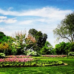 Photo taken at Dallas Arboretum and Botanical Garden by Kimberlee C. on 4/22/2013