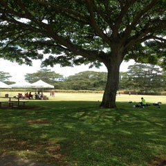 Photo taken at 16 Acres (Makaunulau Park) by Carrie H. on 7/24/2013