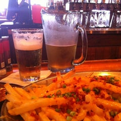 Photo taken at Miller's Coral Gables Ale House by Juan C. on 10/18/2012