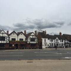 Photo taken at Stratford-upon-Avon by Anna C. on 4/10/2016