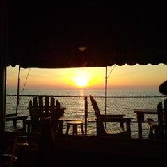 Photo taken at Hoak's Lakeshore Restaurant by Jim on 5/25/2014