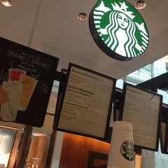 Photo taken at Starbucks by Wallace M. on 8/9/2013