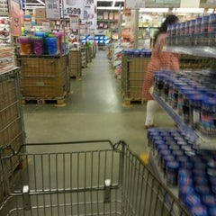 Photo taken at Metro Cash And Carry by Arka B. on 10/1/2012
