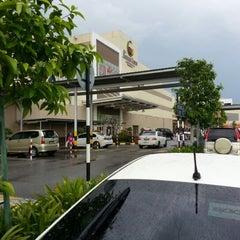 Photo taken at AEON Mahkota Cheras Shopping Centre by Mohd Azlee A. on 12/2/2012