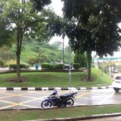 Photo taken at R&R Rawang – South Bound by izam k. on 11/13/2015