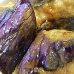 Photo taken at HoWong Restaurant 好旺 by Matthew on 11/30/2014