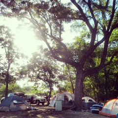 Photo taken at Don's Fish Camp by Liliana D. on 7/14/2013