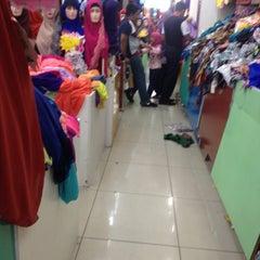 Photo taken at Muaz Textile by Aina S. on 12/25/2015