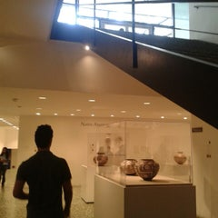 Photo taken at Museum of Fine Arts Houston by Mullz A. on 5/2/2013