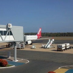 Photo taken at Aeroporto Internacional de São Luís / Marechal Cunha Machado (SLZ) by Thiago S. on 10/11/2012