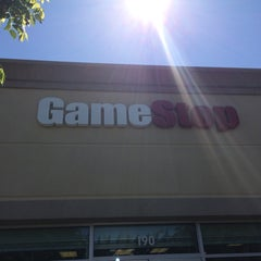 Photo taken at GameStop by Mohammad E. on 7/10/2014