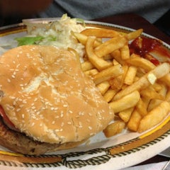 Photo taken at Country House Diner by Pepe on 12/14/2012