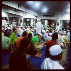 Photo taken at Surau An-Nur by Hafiz I. on 1/4/2013