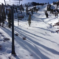 Photo taken at Alpine Meadows Ski Resort by Vicki L. on 12/8/2012