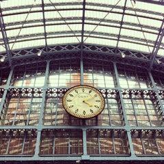 Photo taken at London St Pancras International Railway Station (STP) by Barbarella B. on 6/10/2013