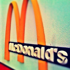 Photo taken at McDonald's by Anderson F. on 1/5/2013