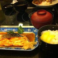 Photo taken at Nippon Kai Deluxe by Pimlaphat J. on 11/25/2012