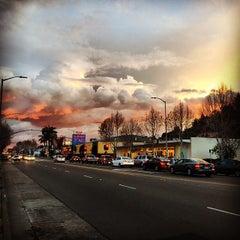 Photo taken at Al's Big Burger by Ed V. on 3/1/2015