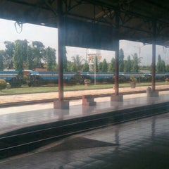 Photo taken at Stasiun Kroya by Benedict R. on 5/14/2016