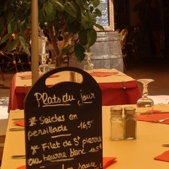Photo taken at Santa Maria Restaurant by Andrew R. on 8/30/2013
