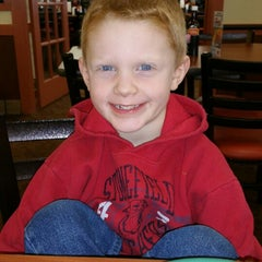 Photo taken at Golden Corral by Joni B. on 1/30/2015