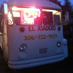 Photo taken at Tacos El Asadero by ⚡️Stephano T. on 4/17/2013