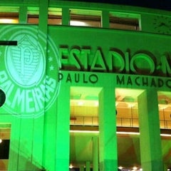 Photo taken at Estádio Municipal Paulo Machado de Carvalho (Pacaembu) by Marcelo R. on 5/15/2013