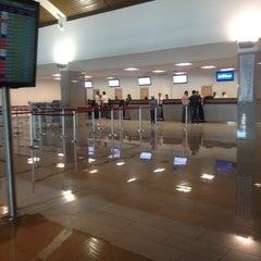 Photo taken at Aeropuerto Internacional Rafael Nuñez (CTG) by Jacky P. on 11/17/2012