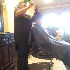 Photo taken at The Perfect Weave Salon by Toni R. on 6/28/2013