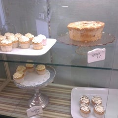 Photo taken at Angel Heart Cakes by Zaki M. on 9/27/2012