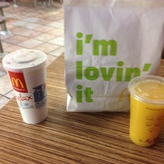 Photo taken at McDonald's by Pedro C. on 3/6/2015