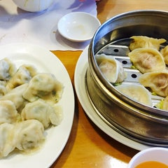 Photo taken at Luscious Dumplings by Tracy N. on 10/20/2014