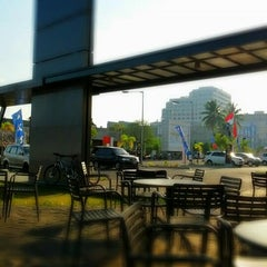 Photo taken at McDonald's / McCafé by vauzy a. on 10/20/2012