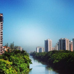 Photo taken at Barra da Tijuca by Guto C. on 6/1/2013