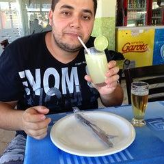 Photo taken at Restaurante e Petiscaria Abreu by Heleno J. on 1/22/2013