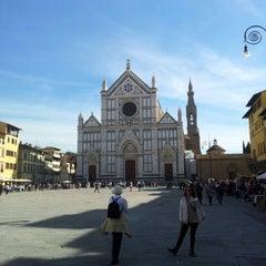 Photo taken at Basilica di Santa Croce by Eduardo S. on 10/18/2012