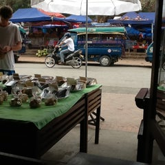 Photo taken at BonCafe, Luangprabang by .oo. on 2/13/2013