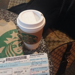 Photo taken at Starbucks by Tonny on 1/24/2014